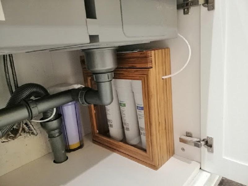 GEYSER ECOLUX A hoạt động một cách độc lập mà không cần kết nối với nguồn điện