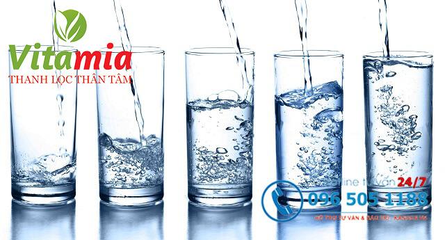 Hãy tham khảo cách uống nước kiềm đúng nhé