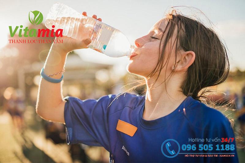 Uống nước mỗi ngày mang đến nhiều lợi ích cho cơ thể