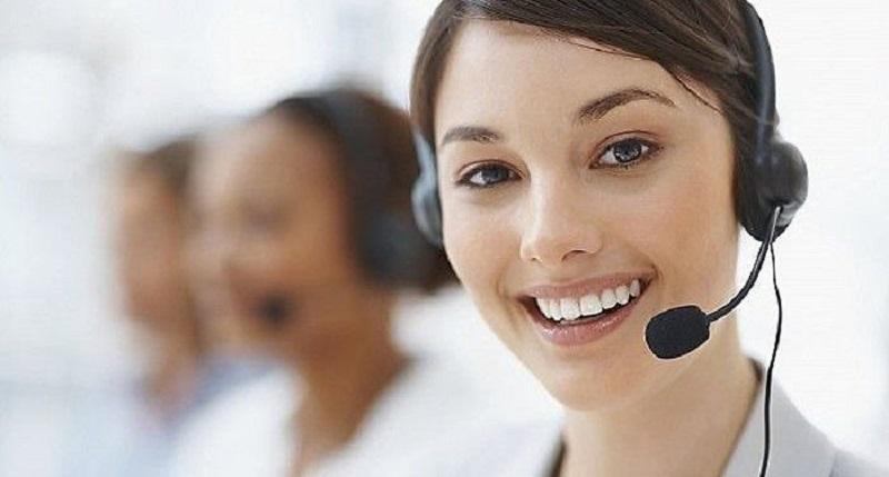 Đội ngũ nhân viên luôn sẵn sàng tư vấn và giải đáp thắc mắc cho khách hàng