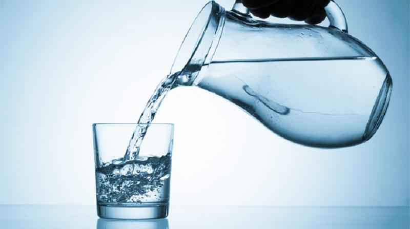 Nước giúp bạn tỉnh táo mỗi khi uống rượu