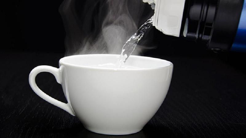 Lợi ích của việc uống nước ấm trong những ngày lạnh