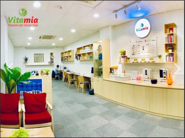 Cửa hàng Vitamin.com - địa chỉ cung cấp dòng máy điện giải ion kiềm chất lượng cao