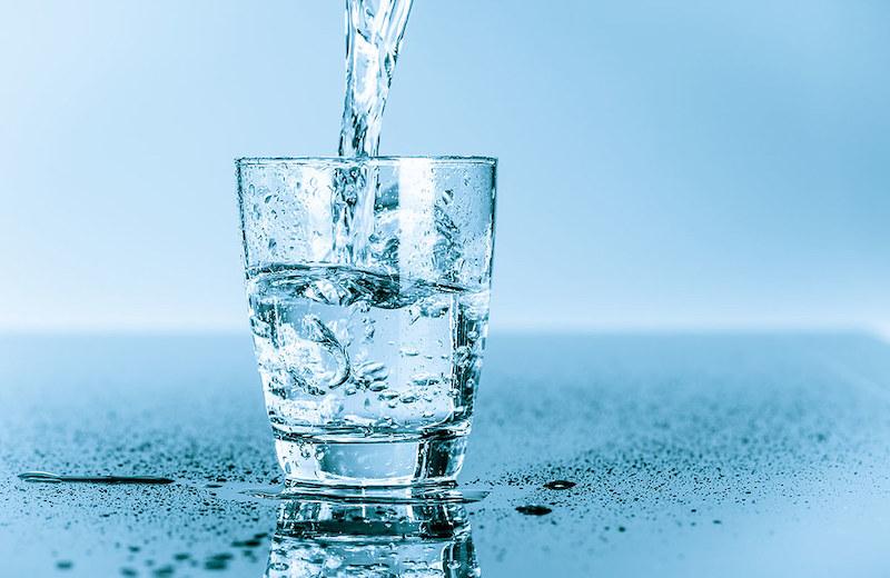 Nên chọn mua máy lọc nước của nước nào?